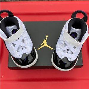 Baby Nike Jordan's size 4